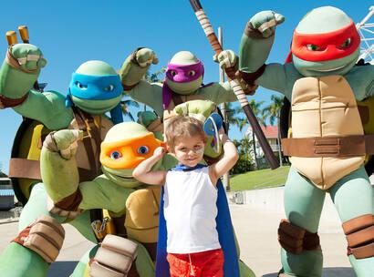 Make A Wish Australia Children's Charity - Kael on his wish with the teenage mutant ninja turtles