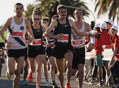 Make A Wish Australia Children's Charity - Team Wish running in the Melbourne Marathon